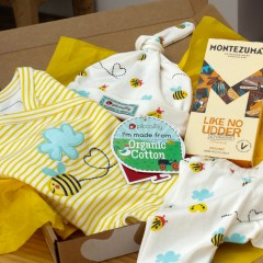 Baby Gift Box - 3 Piece Baby Outfit & Chocolate